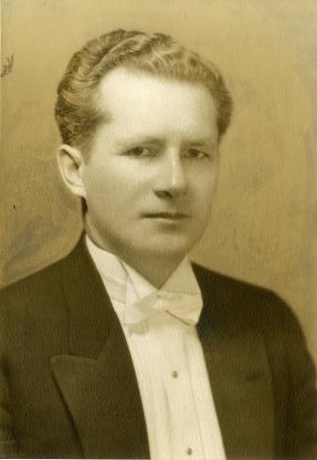 Behrendt, Leo A.