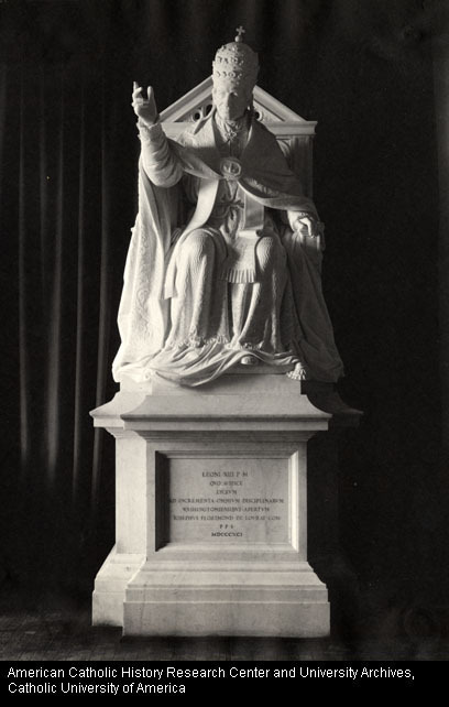 Statue of Pope Leo XIII